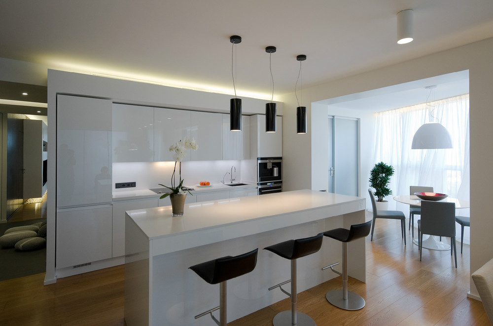 Дизайн белой кухни в стиле модерн фото