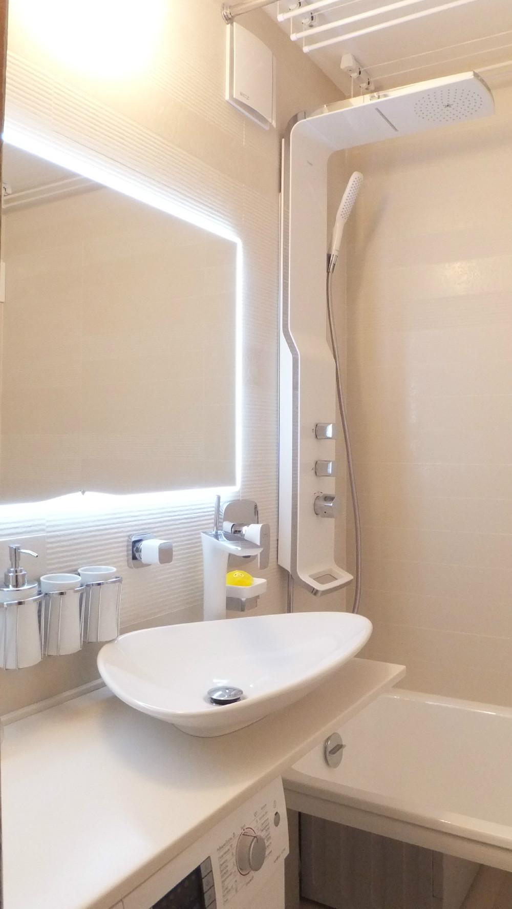 Маленькая ванная комната для большой